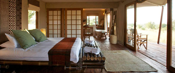 Interieur der Sayari Lodge.
