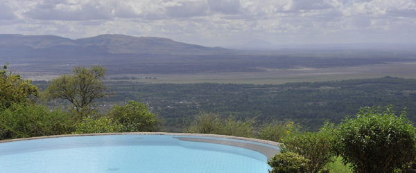 Pool der Manyara Serena Safari Lodge © Foto: Svenja Penzel   Outback Africa Erlebnisreisen