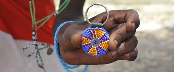 Perlenarbeiten der Samburu © Foto: Svenja Penzel | Outback Africa Erlebnisreisen