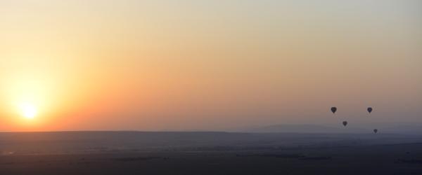 Sonnenaufgang über der Massai Mara mit Ballons © Foto: S.Schlesinger | Outback Africa Erlebnisreisen
