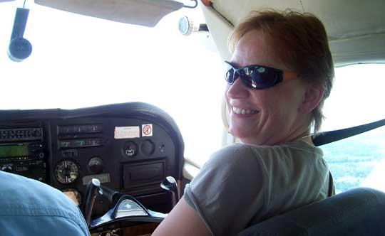 Ulrike auf dem Copiloten-Sitz