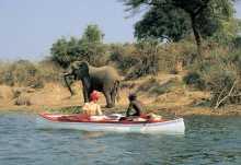 Kanu-Safari auf dem Sambesi