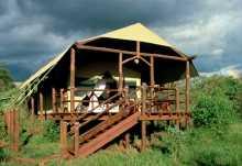 Kirawira Camp, Zelt von außen