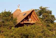Tongole Wilderness Lodge, Haupthaus