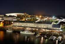 Victoria and Alfred Hotel, Blick auf die Waterfront bei Nacht  © Foto: PIX