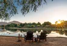 Blick über den Chongwe-Fluss in den Lower Zambezi Nationalpark  © Foto: Time+Tide