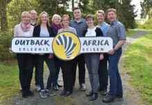 Die Mitarbeiter von Outback Africa Erlebnisreisen.  © Foto: Antje Keller