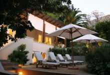 Four Rosmead Guesthouse, Außenansicht