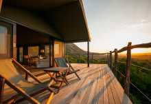 Amakhala HillsNek Safari Camp, Terrasse Zeltchalet  © Foto: Craig Cuff