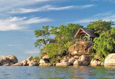 Zelt-Chalet auf Mumbo-Island, Malawi-See.  © Foto: Dana Allen
