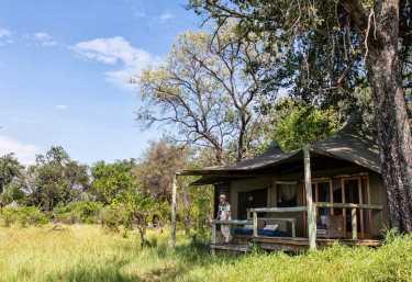 Little Vumbura Camp, Zeltchalet  © Foto: Caroline Culbert | Wilderness Safaris