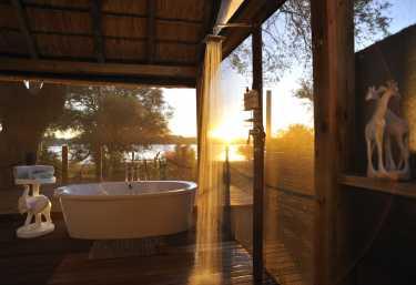 Sonnenaufgang im Badezimmer.  © Foto: Marco Penzel | Outback Africa
