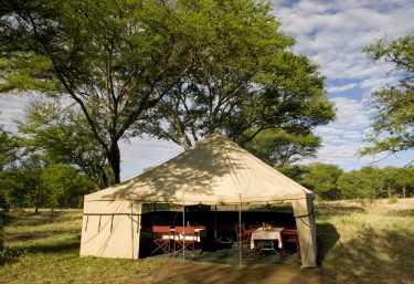 Serengeti Wilderness Camp, Frühstückstische