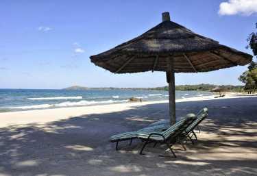 Strand beim Chintheche Inn  © Foto: Svenja Penzel | Outback Africa